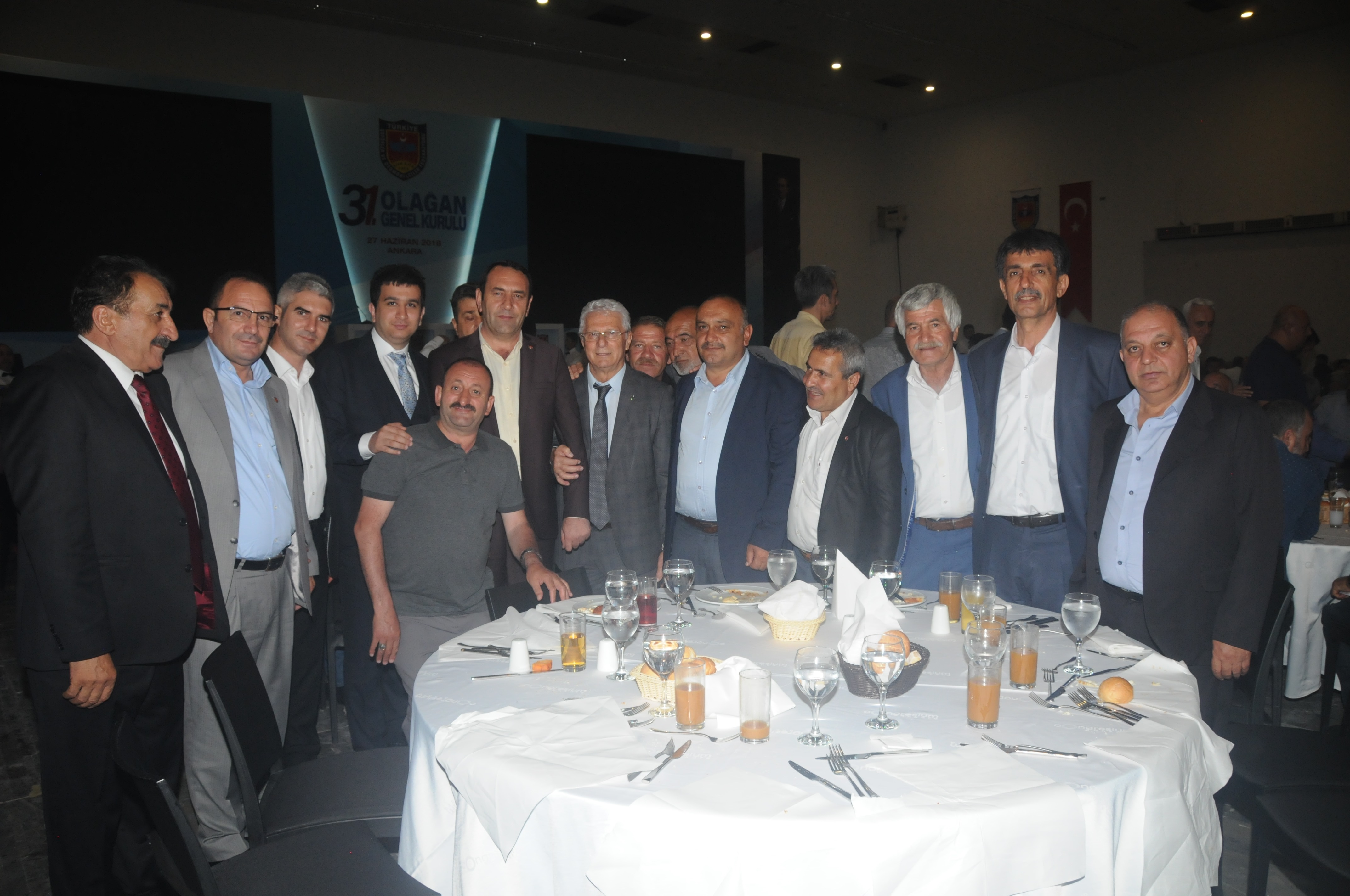 TŞOF BAŞKANI FEVZİ APAYDIN, GENEL KURUL'DA GÜVEN TAZELEDİ